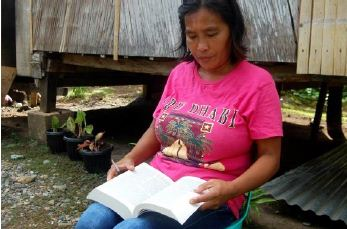 Contagious Bible reading in one barangay results in improved lives