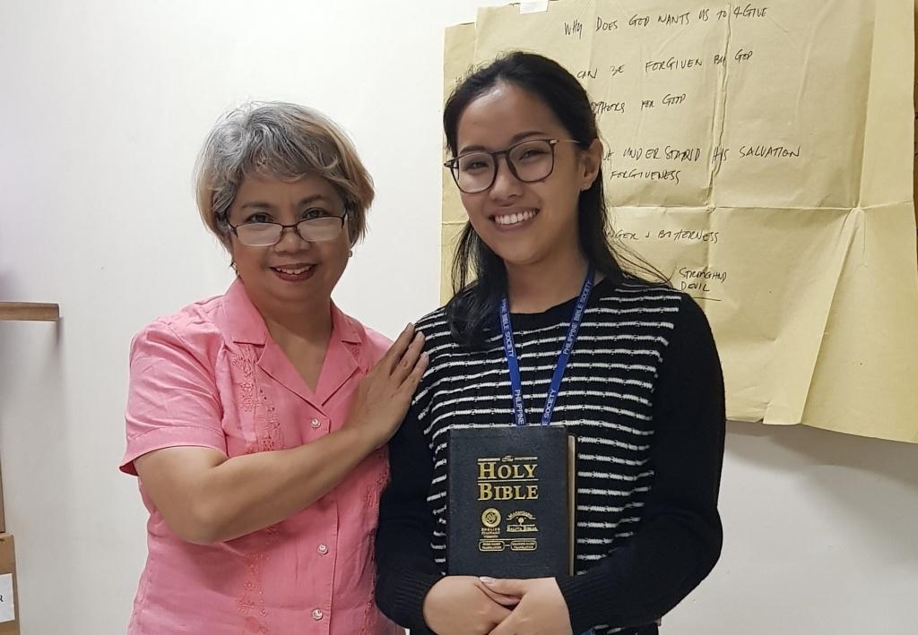Jan PBS Trauma Healing training 2 - Philippine Bible Society