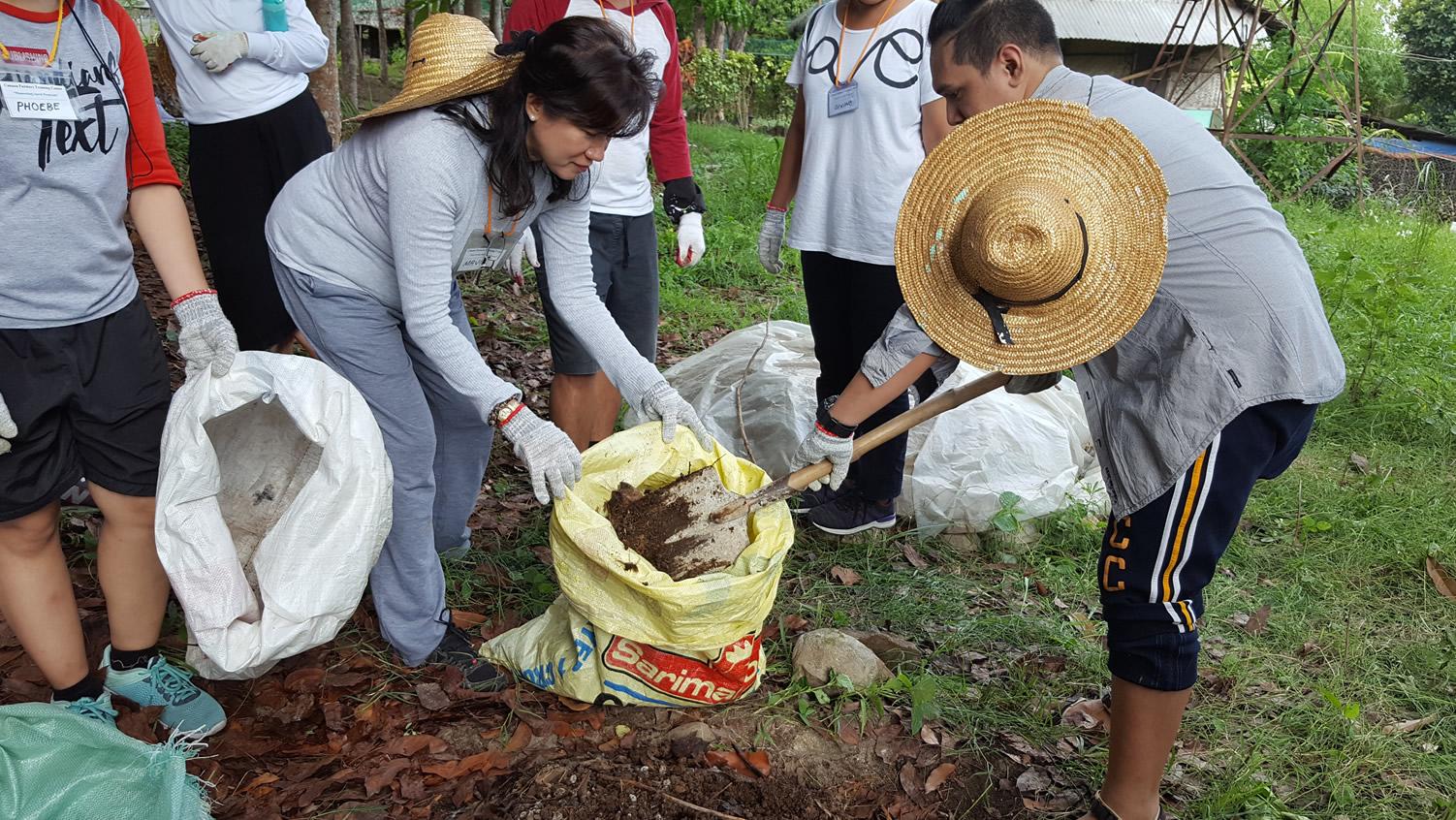 Canaan Farms Staff Retreat 11 - Philippine Bible Society