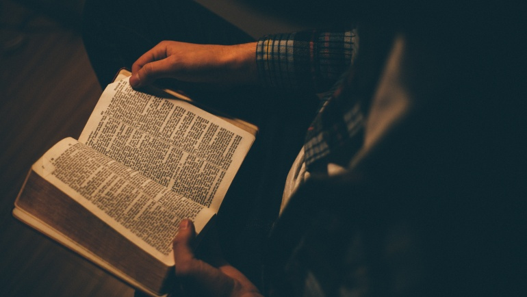 Seek Heavenly Wisdom: Read the Book of Proverbs in 31 Days